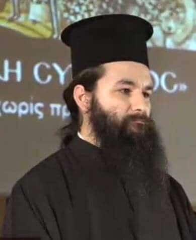 π Άγγελος Αγγελακόπουλος