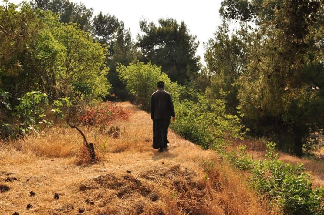 άγιος Iερομόναχος εναντίον δύο Πατριαρχών